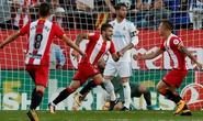Ronaldo lại im tiếng, Real Madrid thua sốc tí hon Girona