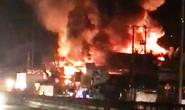 Cháy lớn ở Tiền Giang, xóa sổ vựa bán phân bón, thuốc trừ sâu