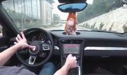 Biến ô tô thành máy chơi game bắn súng