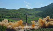Triều Tiên bắn tên lửa ban đêm