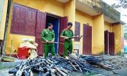 Người dân lũ lượt giao nộp súng tự chế sau khi công an vận động