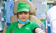 150 công nhân hiến máu cứu người