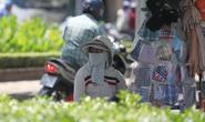 Người Sài Gòn vật vã trong nắng nóng
