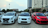Giá ô tô hạ nhiệt nhưng người Việt không vội mua xe
