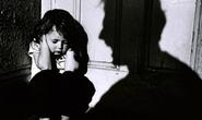 """Lãnh án tù vì """"yêu nhầm""""... trẻ em"""