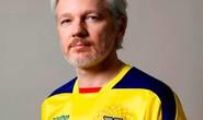 Ecuador muốn đuổi ông chủ WikiLeaks vì... ở dơ?