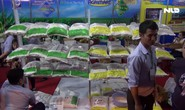 """Đi """"chợ"""" Lào giữa lòng TP HCM"""