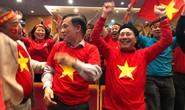Phó Thủ tướng reo mừng giây phút Quang Hải ghi tuyệt phẩm