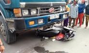 Hai vợ chồng bị xe ben tông chết thảm