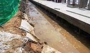 Đường kè sông Tiền ở Tiền Giang  bị sụt lún ?