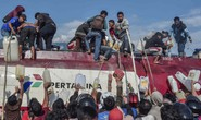 Indonesia: Đám đông cướp ATM trong lúc chờ viện trợ sóng thần
