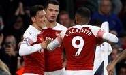 Lập cú đúp trong 3 phút, Aubameyang giúp Arsenal vào top 4