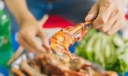 Gà đốt lá chúc - món chỉ ngon khi ăn ở An Giang
