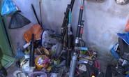 Điều tra vụ mất trộm, bất ngờ phát hiện xưởng làm súng, mã tấu tự chế