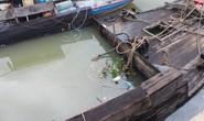 Ớn lạnh với chiếc thuyền chở hóa chất chìm trên sông Đồng Nai