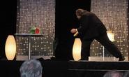 Diễn viên kiêm ảo thuật gia phi bài Ricky Jay qua đời