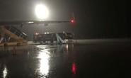 Mưa lớn ở Tân Sơn Nhất, máy bay đi TP HCM hạ cánh ở Đà Nẵng