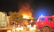 Cháy dữ dội kho xăng ở Nha Trang