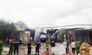 Cháy 6 xe bồn, 3 bể chứa xăng dầu ở Nha Trang