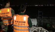 Tàu cá đâm vào đá ngầm bị chìm, 8 ngư dân may mắn được cứu sống