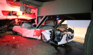 Tai nạn liên hoàn trên cầu Phú Mỹ, một ôtô bẹp dúm