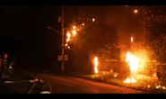 Cả ngàn hộ dân nháo nhào vì trụ điện, cáp viễn thông bùng cháy
