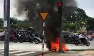 Xe tay ga bốc cháy dữ dội giữa trung tâm Đà Nẵng