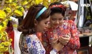 Ngắm những cô gái xinh đẹp trong tà áo dài Cô Ba Sài Gòn