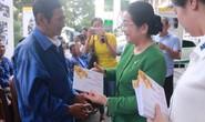 Động viên, tặng quà Tết đoàn viên nghiệp đoàn xe ôm quận 1, TP HCM