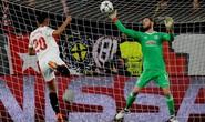 Người nhện De Gea tỏa sáng, Man United giữ sạch lưới ở Sevilla