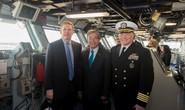 Đại sứ Việt Nam lần đầu tiên thăm tàu sân bay Mỹ