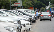 Nhiều ý kiến phản biện đề án tăng phí đậu ô tô dưới lòng đường