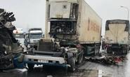 Xe container bay đầu sau cú đấu đầu kinh hoàng với xe tải