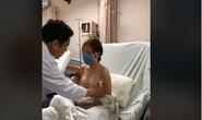 Tranh cãi về clip khám ngực nữ bệnh nhân