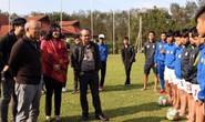 HLV Park Hang Seo thắp lửa cầu thủ trẻ HAGL