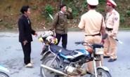 Chạy xe vi phạm còn đâm 2 CSGT bị thương