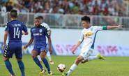 Phung phí cơ hội, HAGL và B.Bình Dương chia điểm ngày đầu V-League