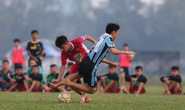 Giải mật hợp đồng cứu V-League