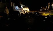 Xe máy đấu đầu xe tải, 2 bác sĩ thương vong