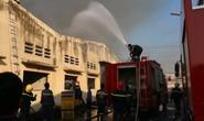 Đang cháy lớn tại công ty dệt ở Biên Hòa