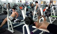 Chàng trai lăn ra đột quỵ lúc tập gym