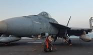 Ngắm dàn máy bay khủng trên tàu sân bay USS Carl Vinson
