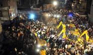 Ấn Độ: Xe hơi tông sập khách sạn, ít nhất 10 người chết