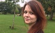 Vừa xuất viện, con gái cựu điệp viên Nga đến nơi an toàn