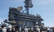 Cận cảnh tàu sân bay Mỹ tập trận trên biển Đông