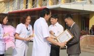 """Thầy giáo """"xuyên đêm"""" vượt 200 km hiến máu cực hiếm cứu người"""