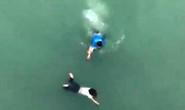 Thanh niên lao từ trên cầu cao 20 m xuống sông cứu cô gái tự tử