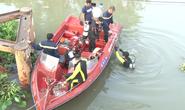 20 chiến sĩ tìm kiếm một nam thanh niên nghi nhảy cầu mất tích