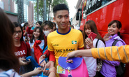 CĐV nữ vây kín sao U23 Việt Nam ở sân Thống Nhất