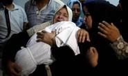 Ngày đẫm máu ở Gaza: Bé 8 tháng tuổi thiệt mạng vì khí cay